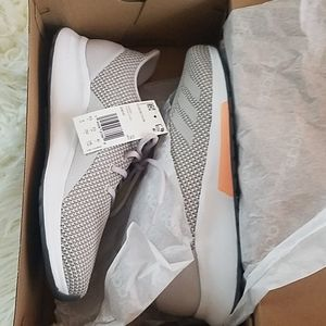 Adidas Puremotion size 8 NWT